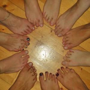 coralita-sorriso-benessere-naturale-club-magica-lifestyle-piedi-danza-del-ventre