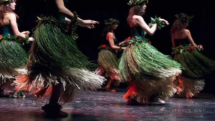 storia-hula-danze-polinesiane-milano-club-magica