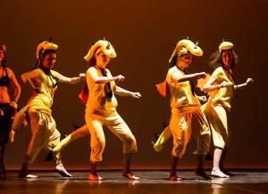 danza-pazze-club-magica-milano-draghi-gialli