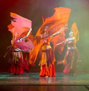 fusion-fuoco-bellydance-club-magica-milano-stage